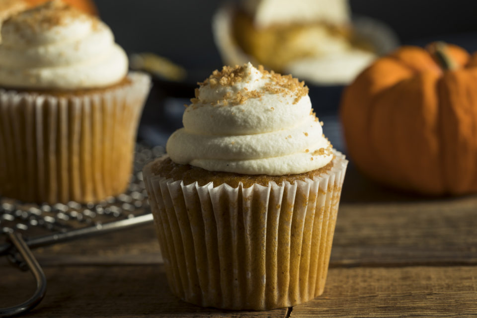 Sweet Homemade Pumpkin Spice Cupcakes with Frosting